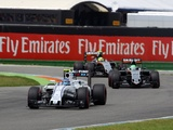 Bottas: Williams must go for Force India in final race