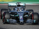 """Hamilton """"not looking to pull out miracles"""" to clinch F1 title"""