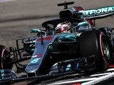 Hamilton wins in Russia thanks to team orders