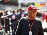 Recovering Niki Lauda vows to return to F1 paddock soon