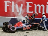 Hamilton leads call for kerb re-think after Kvyat crash