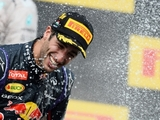 In photos: Ricciardo hits the F1 century