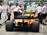 Renault and McLaren break F1 curfew rules after Suzuka oil delay