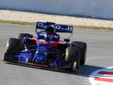 Toro Rosso operating at a 'high level' at start of first Barcelona test – Kvyat
