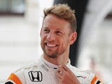 McLaren may keep Jenson Button in F1 role alongside race return