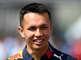 Official: Albon remains at Red Bull for 2020