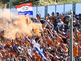 F1 drivers call for fans to minimise flare usage at Dutch GP