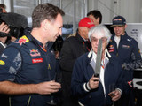 Ecclestone clarifies 'walls' comment