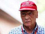 Niki Lauda back in hospital after contracting flu