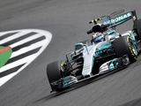 Bottas edges Hamilton in first practice