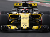 Renault 'a year away' from challenging top three