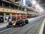 Qualy: Verstappen serves notice with Bahrain pole