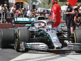 Mercedes find hydraulic leak on Hamilton's car