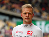 Magnussen summoned to the stewards for 'dangerous' move