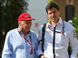 Talk of rift at Mercedes 'rubbish'
