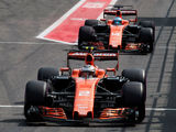 McLaren teams up with Renault for 3-year power unit supply