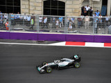 Hamilton urges rivals to stop moaning about Baku circuit