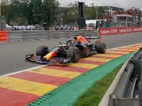 FP2: Verstappen top, but crashes out late on
