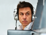 Wolff: Williams should be 'bold' on driver choice