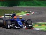 Points elude Nasr after first corner contact