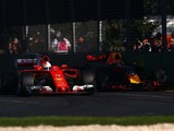 Ferrari and Mercedes F1 onboards show Red Bull issues - Ricciardo