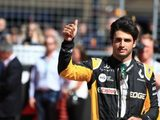 Carlos Sainz Jr. Hoping for Top Ten Finish in Abu Dhabi