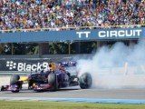Coulthard entertains crowds at Gamma Racing Day