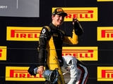 Renault-backed Aitken to get first F1 run