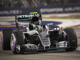 Rosberg marks 200th Grand Prix with convincing win