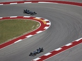 Hamilton beats Rosberg to Austin pole