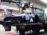Oil pressure anomaly curtails Mercedes' running