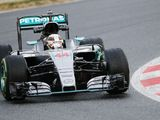 Mercedes completes race distance in first morning of testing