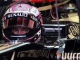 Straight-forward start sees Kovalainen in top five