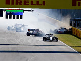 Hamilton defends Bottas after restart carnage