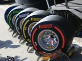 Pirelli's Isola unfazed over graining issues seen in first week of F1 testing