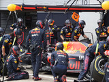 Red Bull found a cut on Max's tyre at second stop
