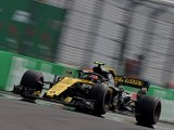"Carlos Sainz Jr.: ""We deserved more, but at least Nico stayed in the points"""
