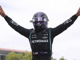 Hamilton wants new Mercedes F1 contract agreed by summer break