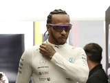 Hamilton predicts difficult weekend for Mercedes