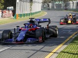 Kvyat 'pushed like animal' to score point on Australia F1 comeback