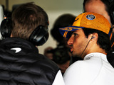 Sainz: McLaren comparing ourselves to Mercedes, Ferrari