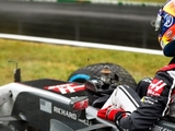 Qualifying delayed after Grosjean crash