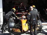 McLaren waiting on Vandoorne F1 engine penalty clearance from Honda