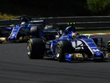 Sauber looks for boost with new floor design