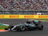 Rosberg pips Hamilton in closely matched FP3
