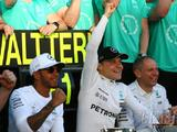 Mercedes named Team of the Year at Laureus Awards