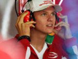 Villeneuve: Tough for Schumi Jnr