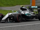 Rosberg gets time penalty, stays fourth