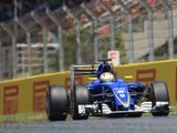 Force India and Sauber unhappy with engine rule changes