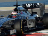 Magnussen storms ahead in Bahrain